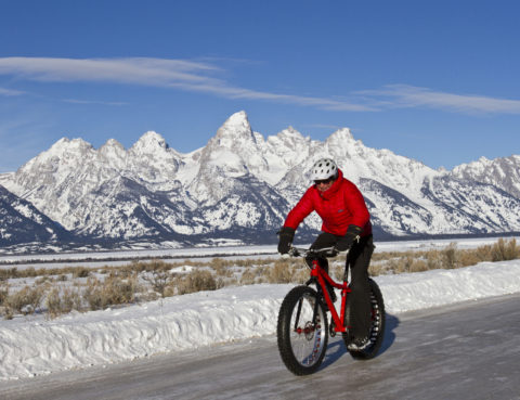 bicikliranje po zimi bicikle bike vožnja zima trening sport moda